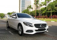 MercedesBenz_C180_2015_Exclusive_branco_01