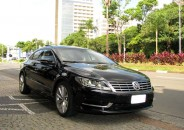 VW_Passat_CC_2013_V6_preto_01