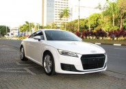 Audi_TT_Coupe_Attraction_2015_branco_01
