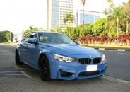 BMW_M3_Sedan_Azul_2016_01