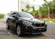 BMW_X1_20i_GP_2017_preto_01