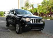 Jeep_GrandCherokee_Limited_2013_preto_diesel_01