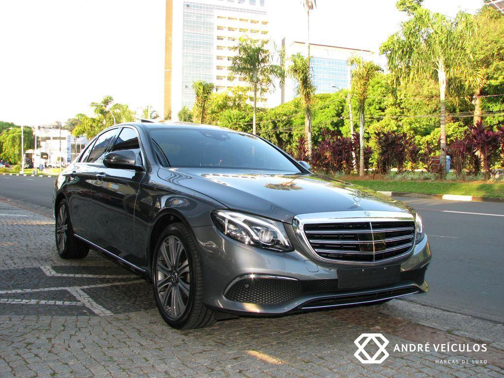 MercedesBenz_E250_Exclusive_LaunchEdition_2017_cinza_01