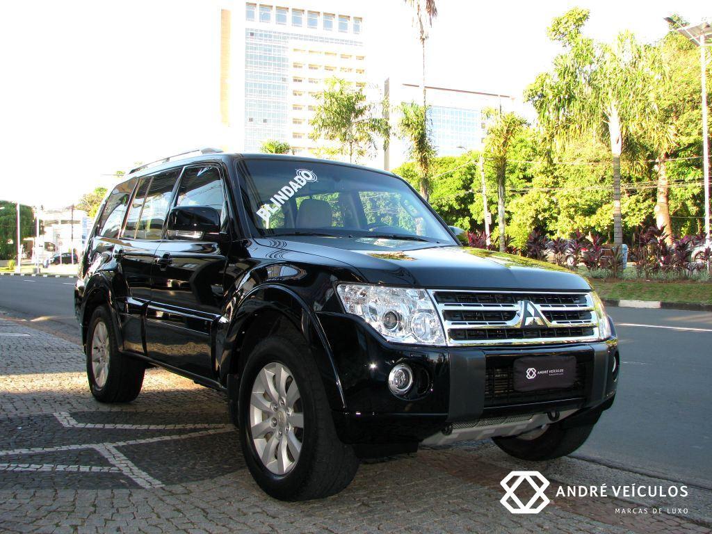 Mitsubishi_Pajero_Full_2011_preto_gasolina_V6_blindado_01