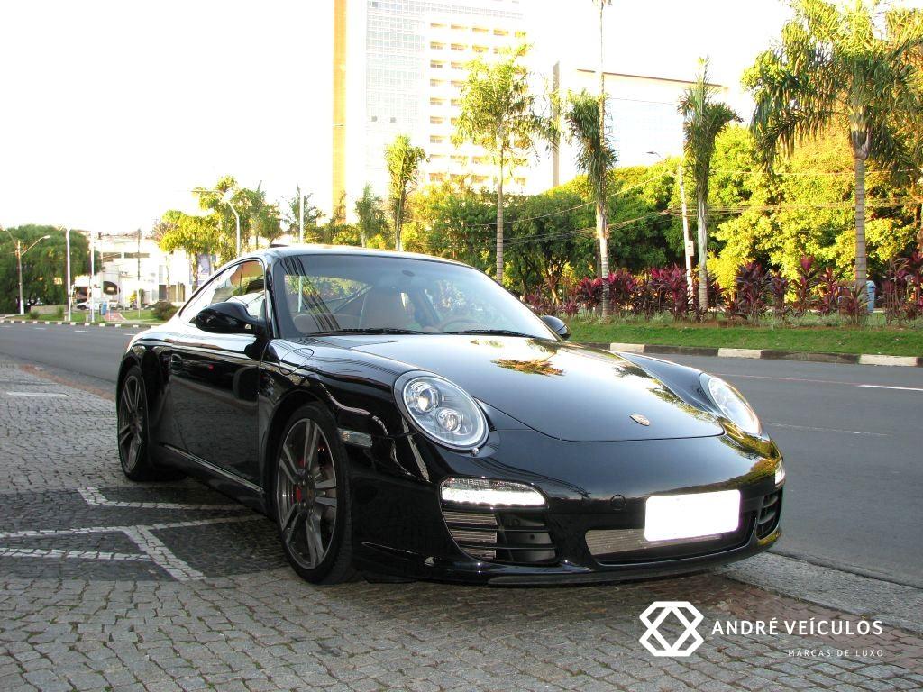Porsche_911_CarreraS_2011_preto_01
