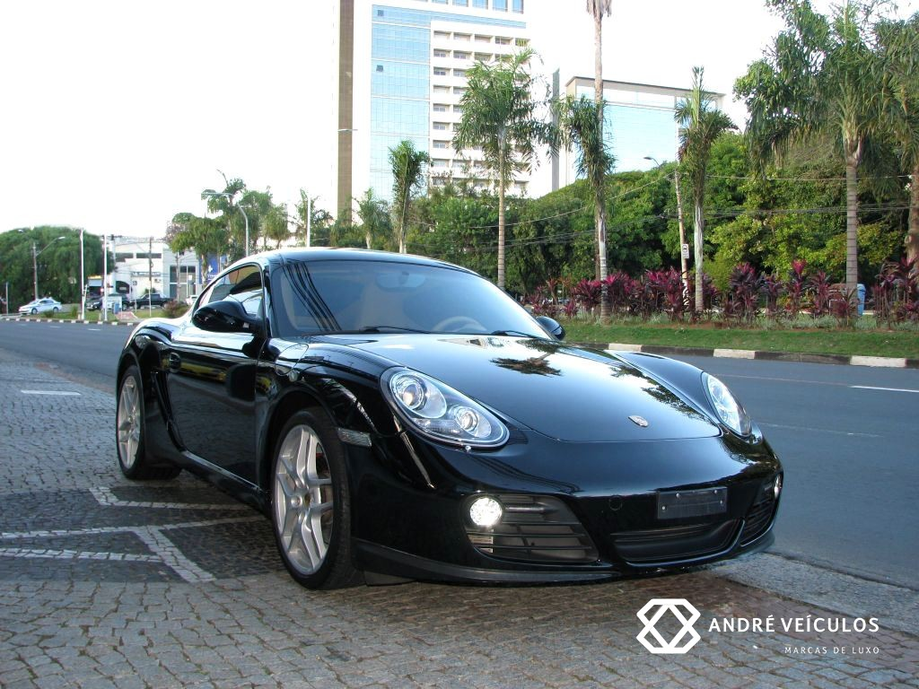 Porsche_Cayman_2009_preto_01