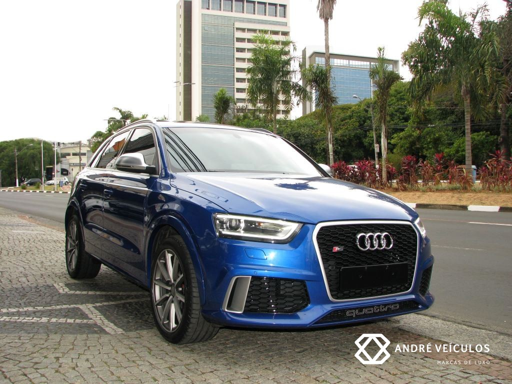 Audi_RSQ3_2015_Azul_RodasCinza_01
