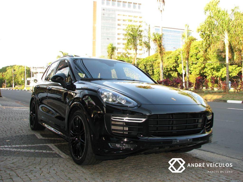 Porsche_Cayenne_GTS_2016_preto_blindado_01