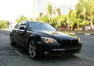 BMW_750i_Unique_2012_roda21_preto_01