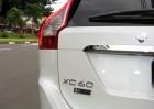 Volvo_XC60_Kinetic_D5_2017_branco_11