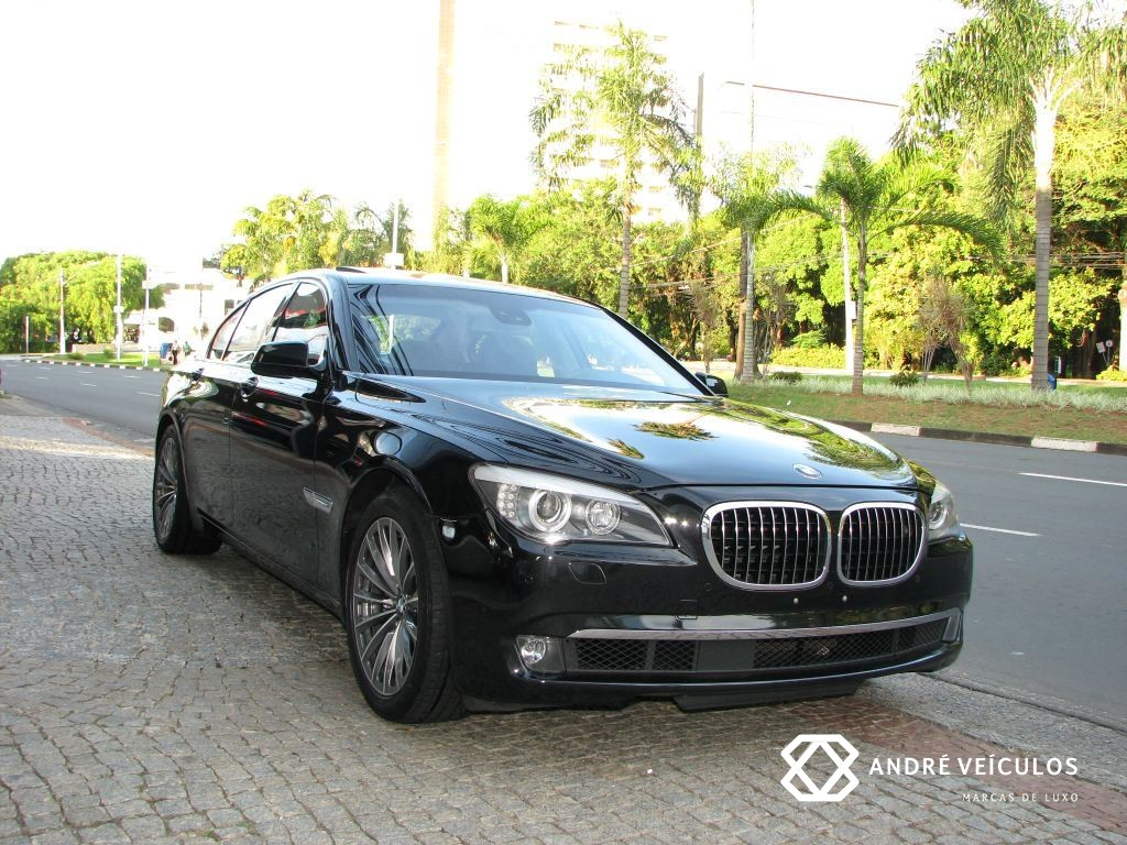 Bmw 750i Unique 44 V8 André Veículos